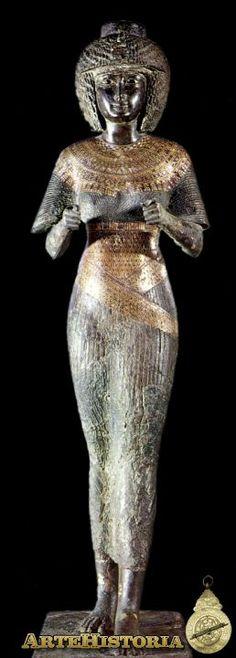 Reina Karomama - XXII Dinastia  Egipto   Bronce   Museo del Louvre