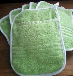 So cool....could get used towels at Good Will. They have nice ones..cheap. DIY Oven Mitt Potholders | No Need Of Spoil