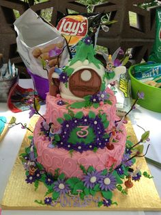 Tinkerbell/pixies and pirates party cake