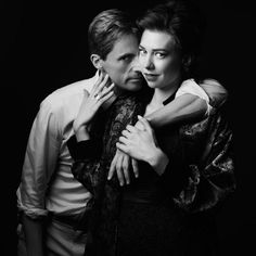 Vanity Fair exclusive character portraits of The Crown Season Matthew Goode and Vanessa Kirby photographed by Jason Bell Netflix. The Crown Season 2, Second Season, Vanessa Kirby The Crown, Princesa Margaret, Crown Tv, The Crown Series, Crown Netflix, Mathew Goode, A Discovery Of Witches