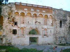 Wk 12 Porta Aurea, Palace of Diocletian, Split Croatia, 298-306