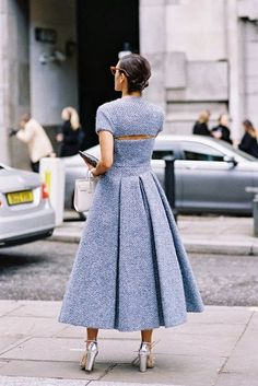 with a touch of romantic - Vanessa Jackman: London Fashion Week AW Cool Street Fashion, Street Chic, Look Fashion, High Fashion, Fashion Outfits, Fashion Design, Fashion Trends, Net Fashion, Dress Fashion