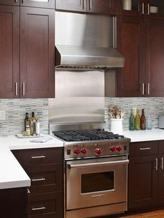 kitchen cabinets with pulls on top cabinets and knobs on bottom | Kitchen Cabinet Pulls And Knobs Design, Pictures, Remodel, Decor and ...