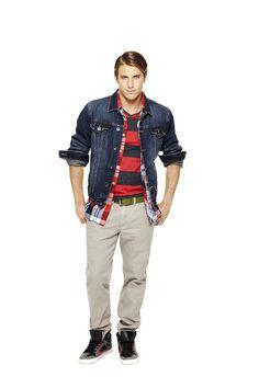 Who said khakis had to be boring? Dress them down with denim & plaid for a fresh new take on this wardrobe essential.