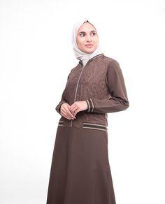 Practical and Beautiful Brown Flared Paisley Print Abaya Jilbab