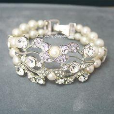 Vintage Rhinestone Pearl Bridal Wedding Bracelet by eminjewelry, $62.00