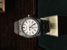Audemars Piguet Royal Oak Automatic 39MM 15300 #AudemarsPiguet #LuxurySportStyles