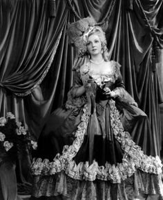 Marie-Antoinette (1938) with Norma Shearer