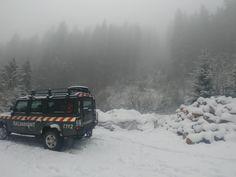 Romanian mountain rescue Defender