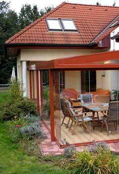 Zastřešená terasa jako přístavba k domu vám poskytne prostor navíc. Navrhneme vám a postavíme zimní zahradu přesně podle vašich představ. Využijte svůj domov na maximum.