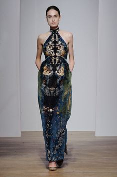Yiqing Yin Fall 2013 Couture;  #couture; #fashion; #high fashion