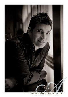 David Tutera.... I pray one day, I could be so honored to have you as my wedding planner! True fact I'm sure I can't afford you but at least prayers and dreaming cost nothing!