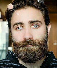 Oh those eyes woweeeeeeeee Hot Beards, Grey Beards, Hot Guys, Hot Men, Curly Afro Hair, Mens Hairstyles With Beard, Beard Tips, Blue Eyed Men, New Hair Trends