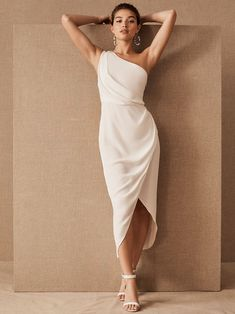 BHLDN Courthouse Inspiration- These are the best elopement dresses for city hall weddings or courthouse ceremonies. flirty and effortless bridal gowns and wedding jumpsuits paired with fun wedding accessories, bridal headbands and wedding shoes! Tea Length Wedding Dress, Wedding Gowns, Wedding Shoes, Wedding Dress Midi, Civil Wedding, Tea Length Dresses, Long Dresses, Wedding Stuff, Wedding Ideas