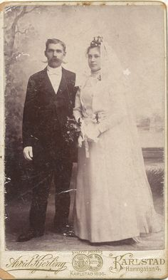 Bror August Rossing and Anna Sofia Olsson on their wedding day in Karlstad, Värmland, Sweden, late Vintage Brides Vintage Wedding Photos, Vintage Weddings, Wedding Pictures, Vintage Photos, Victorian Photos, Antique Photos, Vintage Photographs, Wedding Attire, Wedding Day