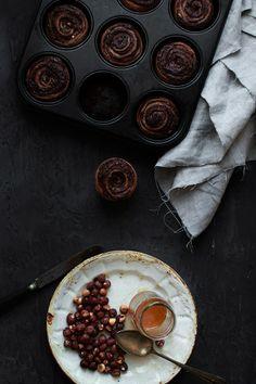 Le Passe Vite: Rolinhos de Espelta, Chocolate e Avelãs :: Chocolate, Hazelnuts Swirl Spelt Buns