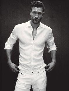 How to Wear White This Season: Perfect Wardrobe : Details