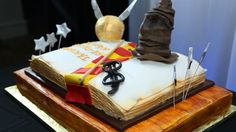 Beautiful Bookish Cakes