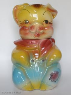 pig cookie jar,,,I have one just like this from my childhood,love it.