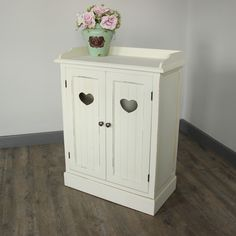 Cream Heart Storage Cupboard pretty perfect for under the stairs or small areas @melodymaison.co.uk £169.95