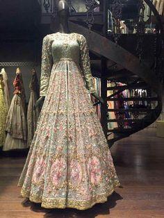 Designer Exclusive Collection of Designer Dresses, Designer Gowns, Bridal Dresses. Indian Wedding Gowns, Pakistani Wedding Outfits, Indian Gowns Dresses, Indian Bridal Outfits, Indian Bridal Fashion, Indian Bridal Wear, Pakistani Wedding Dresses, Indian Designer Outfits, Eid Dresses