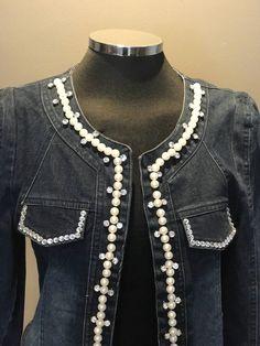 Un favorito personal de mi tienda de Etsy https://www.etsy.com/es/listing/532211924/chaqueta-vaquera-customizada
