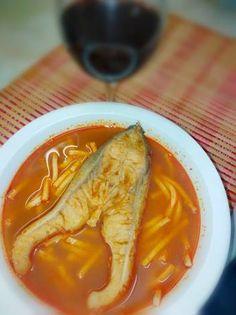 Kalocsai vegyes halászlé 🐟❤️ Thai Red Curry, Soups, Favorite Recipes, Ethnic Recipes, Food, Essen, Soup, Meals, Yemek