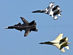 Sukhoi Berkut - Russian experimental supersonic jet fighter developed by Sukhoi Aviation Corporation. Sukhoi Su 47, Military Jets, Military Aircraft, Air Fighter, Fighter Jets, Su27 Flanker, Russian Plane, Russian Jet, Russian Fighter