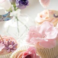 pink fondant rose cupcake