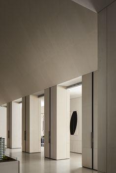 Modern Interior Design, Bathroom Lighting, Corridor, Mirror, Furniture, Gallery, Home Decor, Bathroom Light Fittings, Bathroom Vanity Lighting