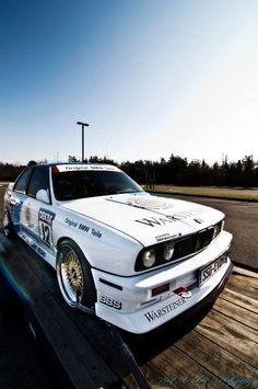 E30 BMW M3 DTM touring car