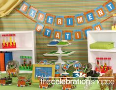 A science lab-themed birthday party.  How cute is that?  This science teacher loves this for little budding scientists :-)