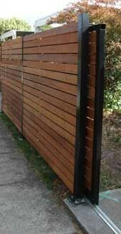 Fence with sliding gate