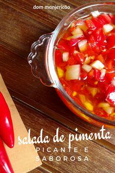 Salada picante de pimenta, com cebola e alho para deixar sua refeição deliciosa. Carne, Salad Recipes, Chili, Soup, Garlic, Salads, Easy Recipes For Beginners, Top Recipes, Easy Trifle Recipe