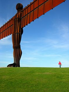 Antony Gormley's Angel of the North sculpture (with a tiny friend), Gateshead, England, United Kingdom, 2009, photograph by Chris C.