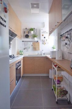 Browse photos of Small kitchen designs. Discover inspiration for your Small kitchen remodel or upgrade with ideas for storage, organization, layout and decor. More from my Simple Small Kitchen Ideas to. Small Apartment Kitchen, Home Decor Kitchen, New Kitchen, Home Kitchens, Compact Kitchen, Luxury Kitchens, Kitchen Hacks, 10x10 Kitchen, Narrow Kitchen