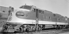 Black N White Images, Black And White, Railroad History, Southern Railways, Train Pictures, Diesel Locomotive, Modern Artists, Color Photography, Transportation