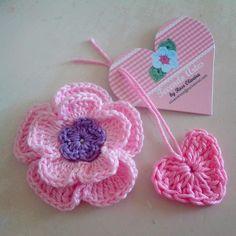 Flower by Tecendo Artes...http://tecendoartesesonhos.blogspot.com.br