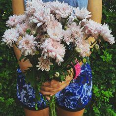 Sweet Stuff floral shorts + flowers #lornajane