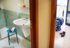 bagno Sink, Bathtub, Bathroom, Home Decor, Bath Tube, Vessel Sink, Sink Tops, Bath Tub, Bathrooms