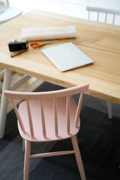 Elämäni keittiö ja sen pöytä - Hanna G Yellow Turquoise, Pink Chairs, Sissi, Homes, Rustic, Decorating, Interior, Furniture, Home Decor