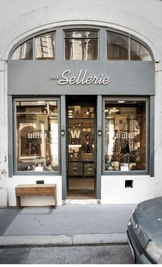Die SELLERIE - is located in VIENNA& bustling Burggasse and was founded by . Die SELLERIE - is located in VIENNA& bustling Burggasse and was founded by four young graphic designers. In the charming showroom you can find ha. Café Restaurant, Restaurant Design, Shop Front Design, Café Design, Boutique Deco, Cafe Style, Cafe Shop, Shop Fronts, Cafe Interior