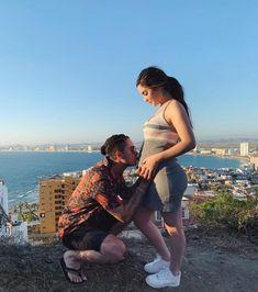Juan de Dios Pantoja le dedica tiernas palabras a su bebé Pregnancy Outfits, Pregnancy Photos, Cute Couples Goals, Couple Goals, Pretty Pregnant, Juki, Disney Frozen Elsa, Stylish Maternity, Barbie