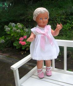Schildkröt Puppe URSEL 25 cm blond mit neuer Kleidung aus 50er Jahre Manufaktur…