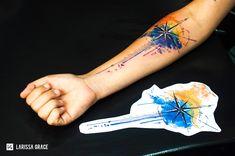 Tattoo aquarela | Rosa dos Ventos - Desenhos exclusivos e personalizados para tattoo (contato@larisgrace) . www.larisgrace | Watercolor tattoo design Compass - Larissa Grace (@larisgrace)