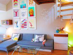 Neonpony's bright living room
