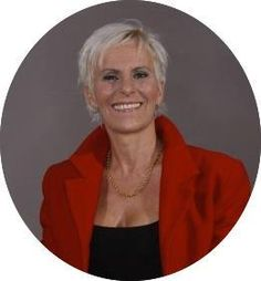 Tina Jonasen - Professional Social Business Networker & Social Media Digital Consultant. Spanish Expat. Tweets in Danish & English. #PIF http://xeeme.com/thinkinnewareas