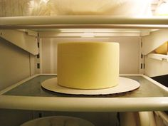 How to Freeze Your Cake and Eat It Too! A great How-To Guide for freezing the top tier of the wedding cake to enjoy on an anniversary!