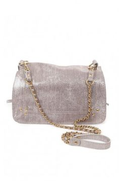 The Bobi Bag ($705) from #JeromeDreyfuss is both pretty and practical!
