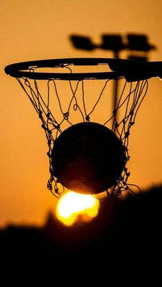 Basketball My love Game Wallpaper Iphone, Sunset Wallpaper, Aesthetic Iphone Wallpaper, Cartoon Wallpaper, Cool Wallpaper, Wallpaper Backgrounds, Aesthetic Wallpapers, Basketball Art, Basketball Pictures